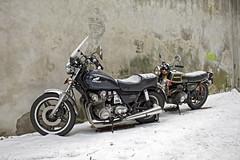 Motorcycles in the snow (by_irma) Tags: snow wall honda nijmegen sneeuw motors 350 f motor cb muur motoren cb900custom ottengas