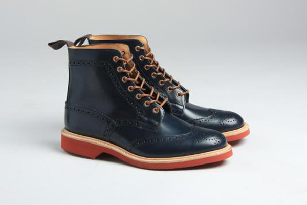 Trickers Brogue boot 02