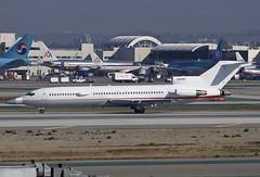 Private (Raytheon) Boeing 727-200 N289MT (jbp274) Tags: airport airplanes boeing lax raytheon voodoo 727