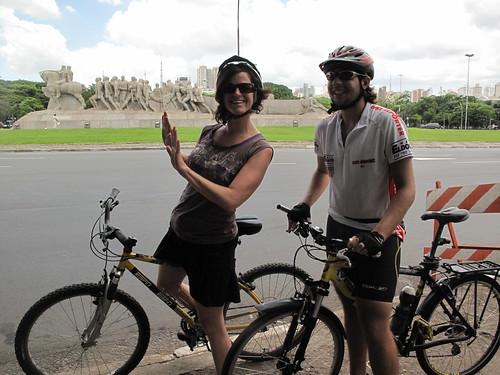KT & Felipe in front of Push Push Statue