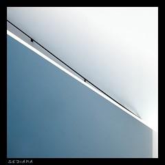 minimal (sediama (break)) Tags: blue white abstract stairs germany munich münchen geotagged pentax minimal treppe staircase blau pinakothekdermoderne treppenhaus weis abigfave k20d sediama igp5109 ©bysediamaallrightsreserved