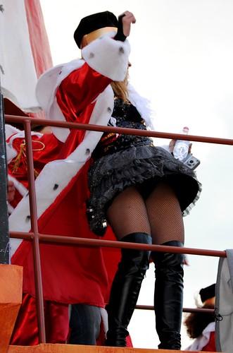 naked ebony public flashing video pics: eventidafotografare, calze, donne, girls, publicnudity, hotpants, woman, upskirt, corsari, costume, viareggio, ragazze, gambe, minigonna, ritratto, calzearete, cosce, carnevale2010