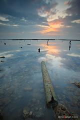 Lay Me Down (Chris Sanan) Tags: longexposure sunset sea seascape beach nature water canon scenic kuwait canon1740l leefilterholder canon5dmarkii lee09nd lee77waadapterring lightbenders edafabeach lee09gndhe