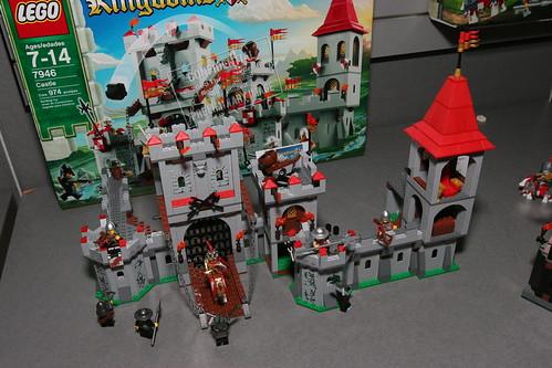 LEGO Toy Fair 2010 - Kingdoms - 7946 King's Castle - 4 by fbtb.