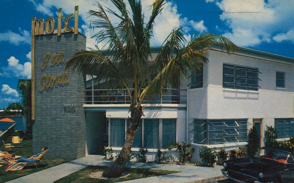 Sea Cloud Motel - Clearwater Beach, Florida