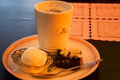 Hot Chocolate Milk (nicvri) Tags: hot ice milk nikon chocolate cream brownie denbosch shertogenbosch ijs d90 zopie