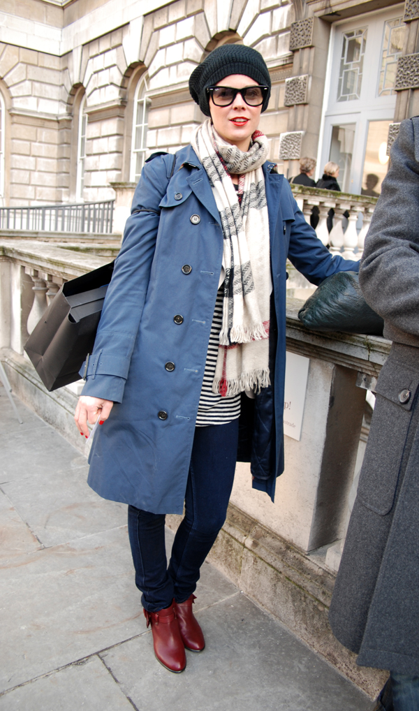blue_trench_london_fashion_week