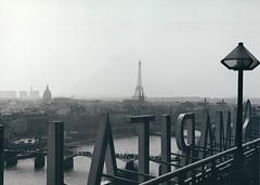 Paris - View from La Samaritaine (Bill Picquigny) Tags: paris seine eiffeltower lasamaritaine