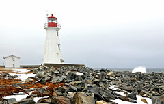 DGJ_5058 - Western Head Lighthouse (archer10 (Dennis) (66M Views)) Tags: world lighthouse sign liverpool lights nikon novascotia free historic route dennis jarvis beacon d300 iamcanadian 18200vr westernhead 70300mmvr lighthouseroute dennisjarvis archer10 dennisgjarvis wbnawcnns