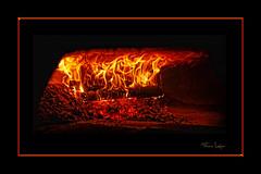 Four  pizza. (au Napoli) (misloup) Tags: feu flammes colorphotoaward dragondaggerphoto flickraward trolledproud