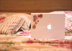 (D o 7 ε) Tags: flowers apple fashion computer macintosh book mac top girly colorfull laptop lap cuteness multicolor modren macbook