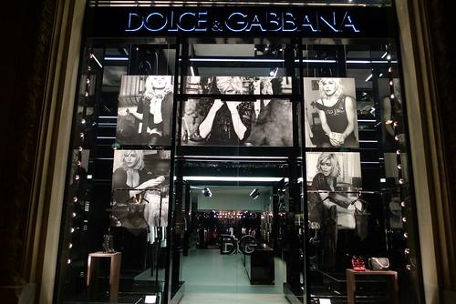 Vitrine Dolce & Gabbana - Madonna par Steven Klein - Paris, mars 2010