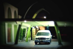 (G r e n) Tags: arizona green phoenix d200 hearse utata:project=nocturnal2 tilshiftgen