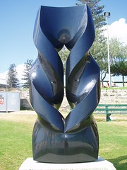 oushi zokei 2010 (Figgles1) Tags: sea sculpture cottesloe sculpturebythesea sculptures westernaustralia keizoushio p3220205 oushizokei2010