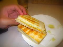 加央起司燒麵包
