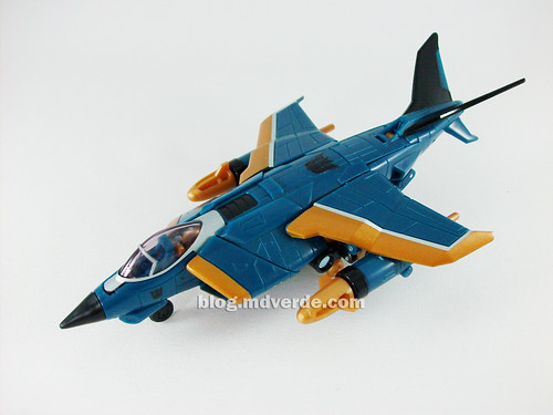 Transformers Dirge Deluxe RotF NEST - modo alterno