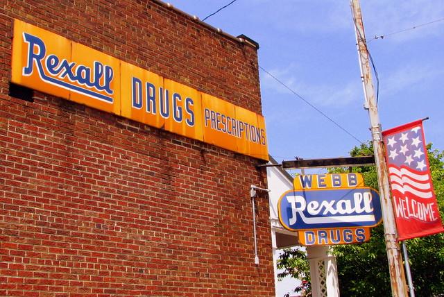 Webb Rexall Drugs - Smithville, TN