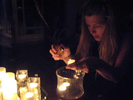 earth hour 2010 lighting candles 2