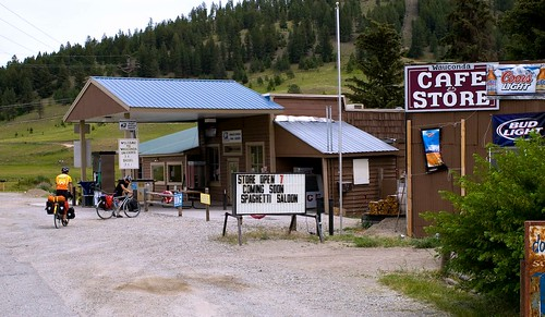 the town store, before Fletcher added the Spaghetti Saloon (by: Daniel Liu, creative commons license)