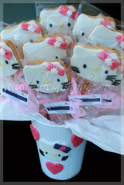 Hello Kitty Egenaz Cookie