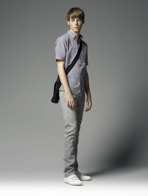 Benjamin Wenke0039_Burberry Black Label Summer 2010