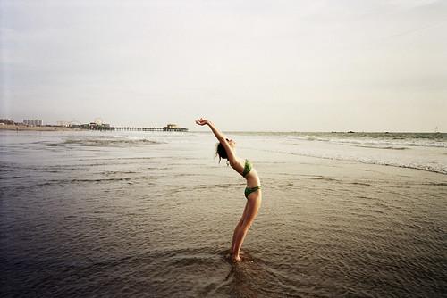 CLICHE'BEACHWITHCENTERFRAMESKYLINEPHOTO
