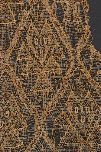 //Textile fragment// (detail). Chancay people, pre-Hispanic Peru. Photograph by D Dunlop.