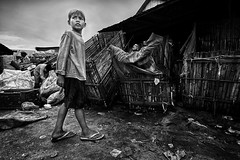 Steung Meanchey Waste Recycling Centre - What child is this ? #2 (Mio Cade) Tags: poverty boy hot work pull kid bottle garbage asia cambodia child sad labor centr