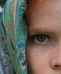(Ruthie Rado) Tags: sunlight eye scarf mall dc eyelashes ashley clarity galleries national eyeball museums img9839e