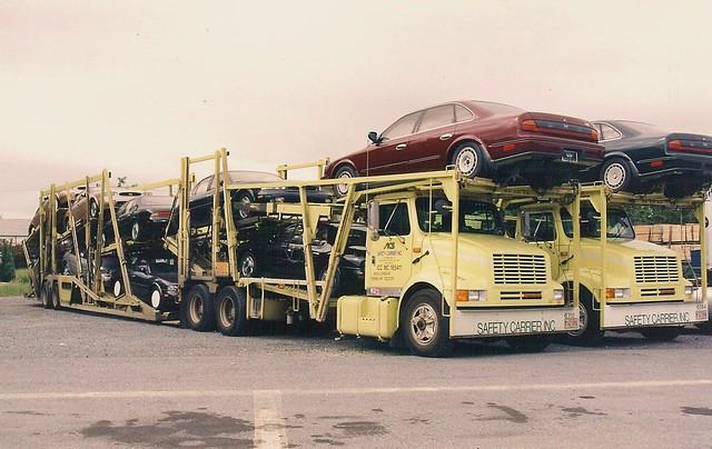 tractor truck semi international acs trailer transporter active ih infiniti q45