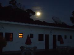 pousada bom abrigo noite de lua cheia ,.