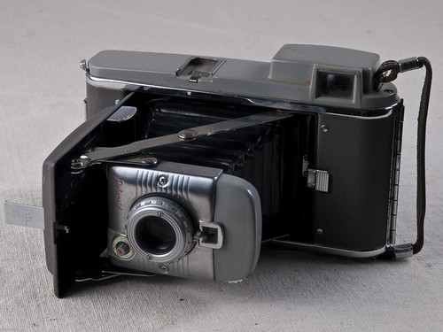 Polaroid Land Camera Model 80, 1971-76