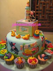 1st Birthday (Jcakehomemade) Tags: cute childhood cow cupcakes birthdaycake pooh ducky bj tigger piglet eeyore barney babyshower 1stbirthday xylophone babybottle riff nurseryrhyme babytoys babycake babybop noveltycake cartooncupcakes childrencake childrencupcakes charactercupcakes yearofox jcakehomemade