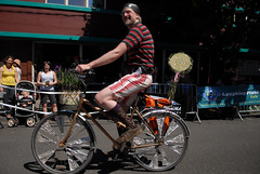 Cirque du Cycling Art Bike Parade-19