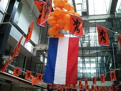 Shopping Orange (Jacco van Giessen) Tags: orange holland netherlands dutch team support soccer nederland supporter worldcup mania voetbal oranje 2010 elftal gekte 11tal oranjeset