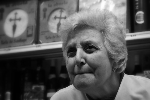 La señora de la tienda antigua