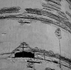 Canada Malting Co. Limited IV ~ Toronto (Sally E J Hunter) Tags: toronto sepia concrete blackwhite noiretblanc historic harbourfront silos canadamalting moo1 55200mmf456 topwqq