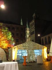 tent (genelabo) Tags: oktober office bucket tent balance visuals bratwurst baum bunt nürnberg 2010 rathausplatz vertrauen doublevisions röslein