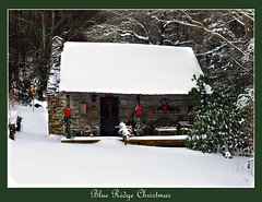 Blue Ridge Christmas (Lonnie Crotts) Tags: christmas winter snow mountains forest cabin northcarolina olympus logcabin blueridgemountains blueridgeparkway blueridge e510 christmascabin zuiko1454mm olympuse510 northcarolinablueridgeparkway