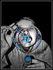Love (debeo777) Tags: david love luz photoshop amor bn bubble burbuja iluminacion sanchez luchi cs4 debeo digitaldbo