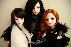 Happy Birthday Cori! (-Poison Girl-) Tags: dot redhead sd bjd brunette dollfie superdollfie rowan eileen poisongirl shall balljointeddoll ashlar lahoo dotshall dotlahoo