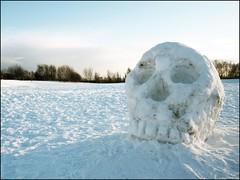 Beware the GIANT SNOWBALL of DOOM! (Cul 9) Tags: winter snow skull toon newcastleupontyne snowsculpture thestadium digitalcameraclub