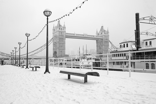 Butlers Wharf in Snow by cybertect