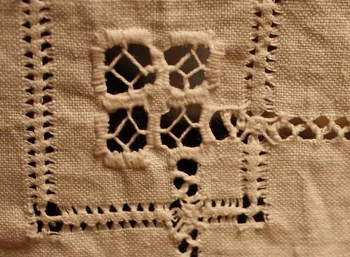 100117 Vintage Linen