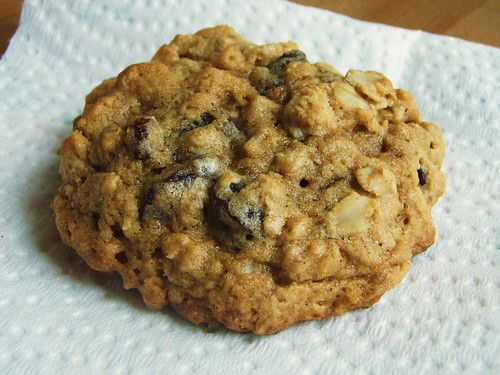 21 - quaker oats oatmeal raisin cookie
