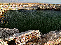 deep lagoon (eeiger) Tags: chile southamerica landscape desert paisaje lagoon paisagem atacama lagoa deserto sudamerica americadosul desertodoatacama atacamadesert salardoatacama elaineeigersalar