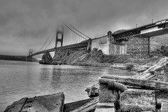 Golden Gate Bridge - San Francisco B&W (David W Oliver) Tags: sanfrancisco fog golden gate marin goldengatebridge headlands ggbridge pick hdr davidoliver ftbaker