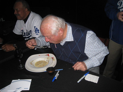 Tommy Lasorda eating