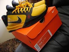 KobexBruce Lee (Never Wear Them) Tags: black sol basketball yellow del dark cool shoes chaos zoom 5 bruce nike v kobe lee knight iv lees byrant zk zk5