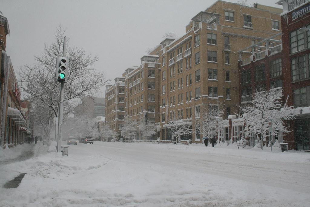 U Street unders Snow